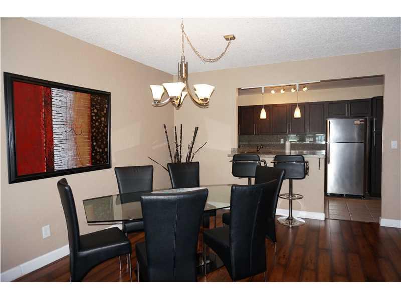 Photo of 19370 COLLINS AV SEASONAL #823, Sunny Isles Beach, Florida, 33160 - Kitchen