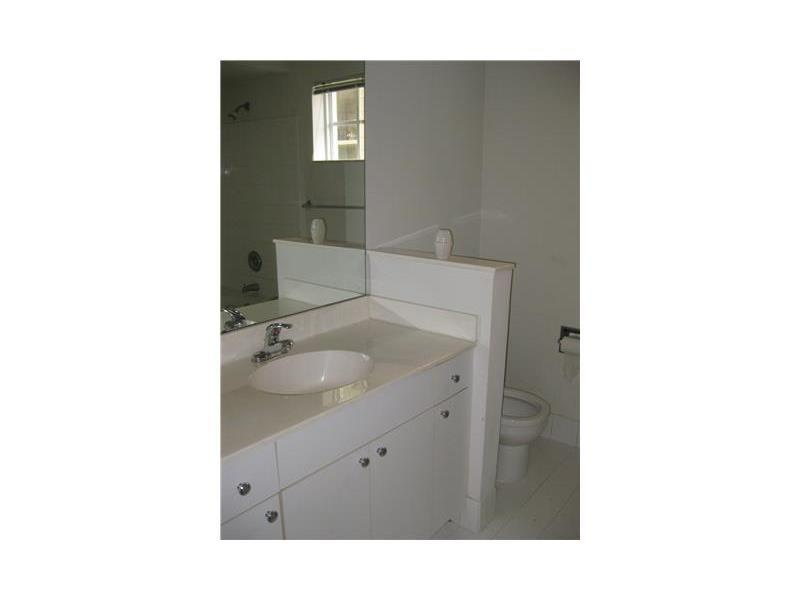 Photo of 17100 BAY RD #1108, Sunny Isles Beach, Florida, 33160 - Kitchen