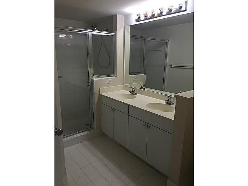 Photo of 17150 BAY RD #2106, Sunny Isles Beach, Florida, 33160 - Bathroom