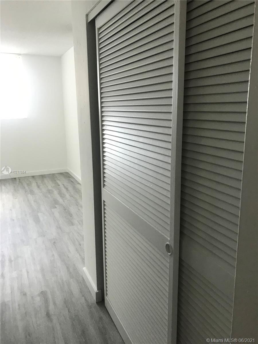 Photo of 19380 Collins Ave #1018, Sunny Isles Beach, Florida, 33160 -