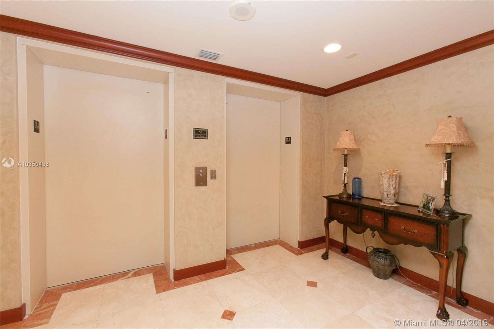 Photo of 3201 183 ST #1708, Aventura, Florida, 33160 - Private Elevator Foyer