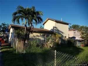 229 000$ - Miami-Dade County,Miami; 1420 sq. ft.