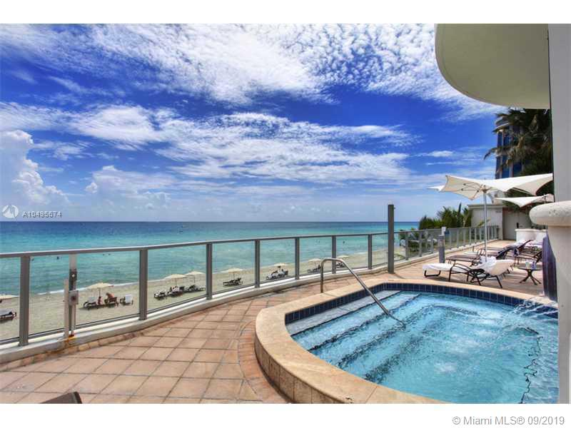 Photo of 3101 OCEAN DR #2003, Hollywood, Florida, 33019 - Exterior Front