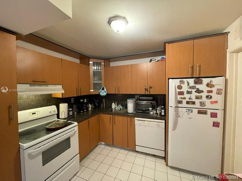Photo of 3161 Ocean Dr #807, Hallandale Beach, Florida, 33009 -