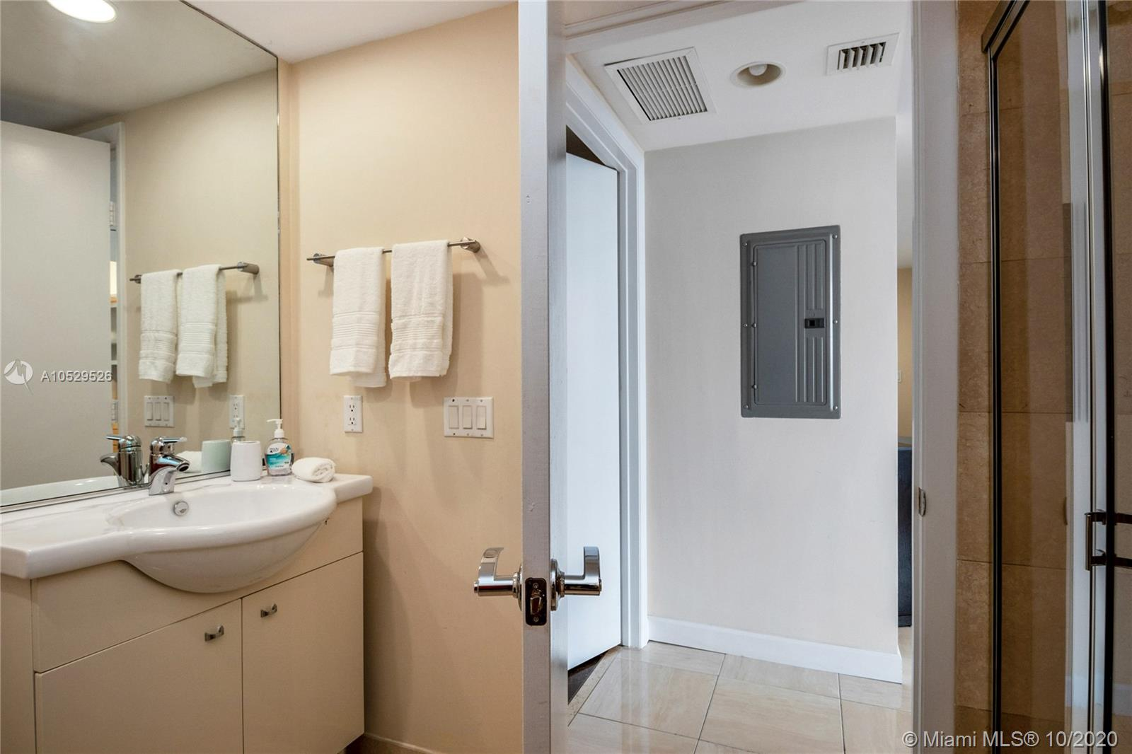 3508 2 / 2 1458 sq. ft. $ 2020-09-25 0 Photo