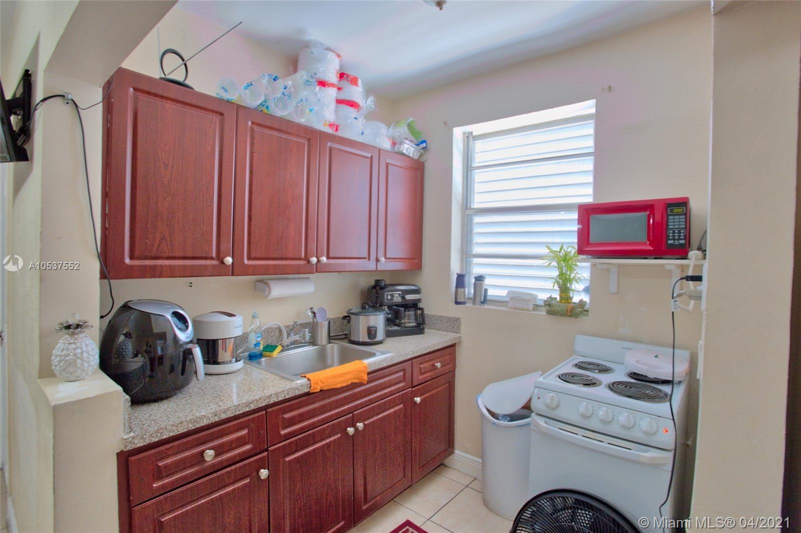 /  5300 sq. ft. $ 2021-06-04 0 Photo