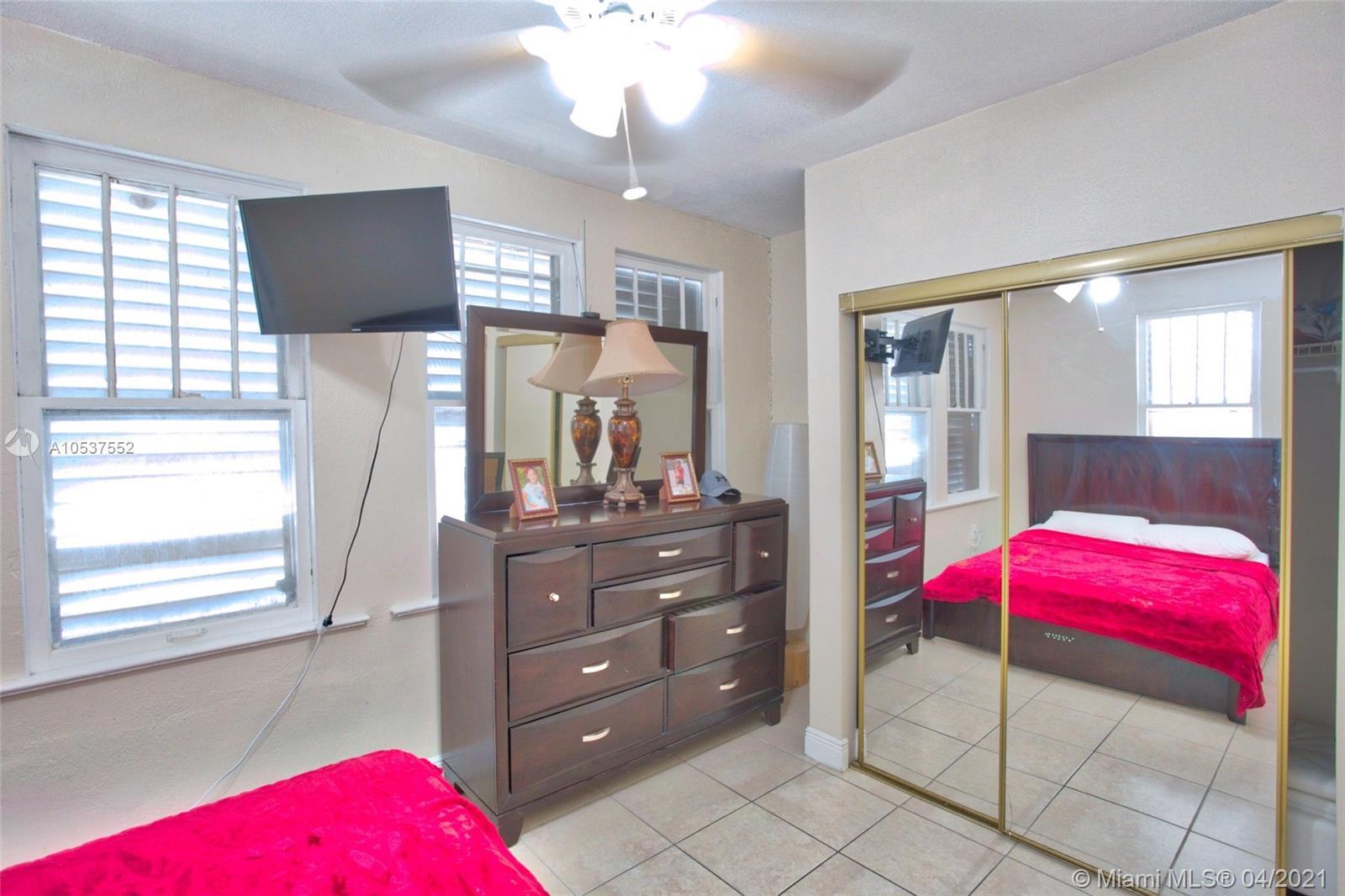 /  5300 sq. ft. $ 2020-12-21 0 Photo