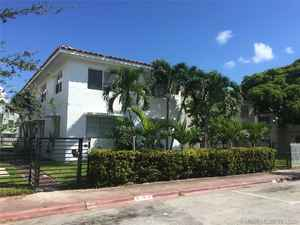 990 000$ - Miami-Dade County,Miami Beach; 3323 sq. ft.