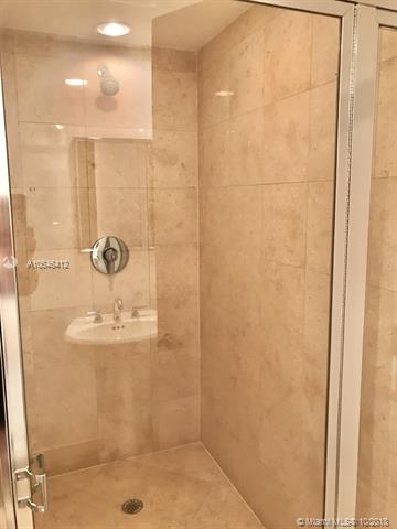 4304 3 / 3 1675 sq. ft. $ 2021-05-12 0 foto