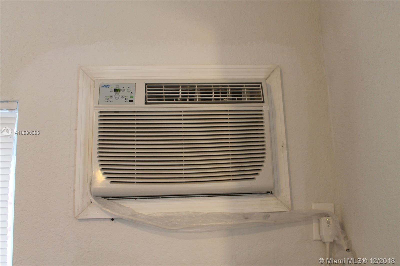 /  1116 sq. ft. $ 2018-12-03 0 Photo