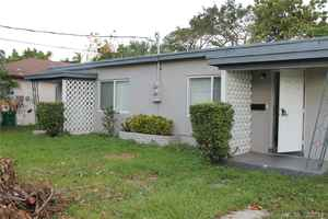 490 000$ - Miami-Dade County,Miami; 1392 sq. ft.