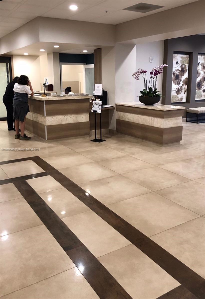 Photo of 3731 Country Club Dr #1824, Aventura, Florida, 33180 - LOBBY ELEVATOR ENTRANCE