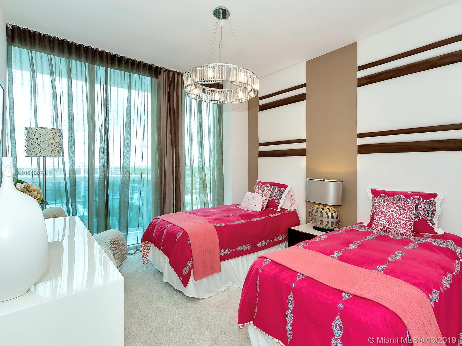 Photo of 2711 Ocean Dr #906, Hollywood, Florida, 33019 -