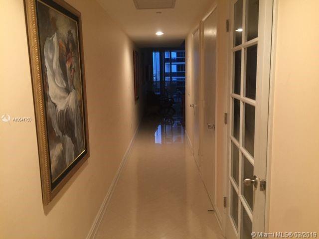 2405 1 / 1 811 sq. ft. $ 2020-09-30 0 Photo