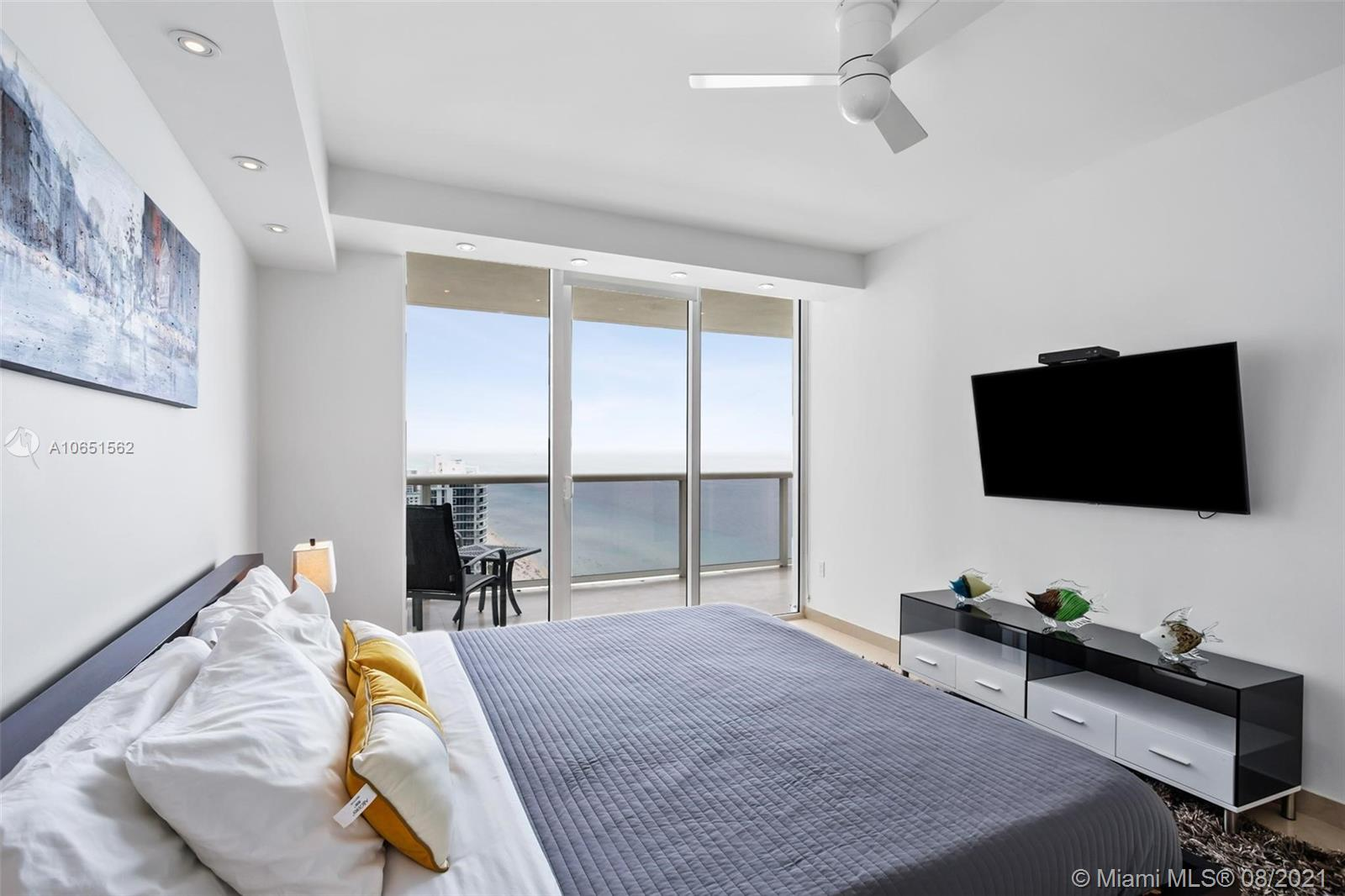 3011 3 / 2 1554 sq. ft. $ 2020-09-25 0 Photo