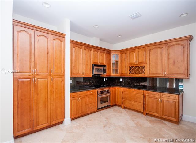 /  3515 sq. ft. $ 2021-02-19 0 Photo