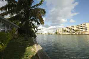 1 650 000$ - Miami-Dade County,Miami Beach; 2003 sq. ft.