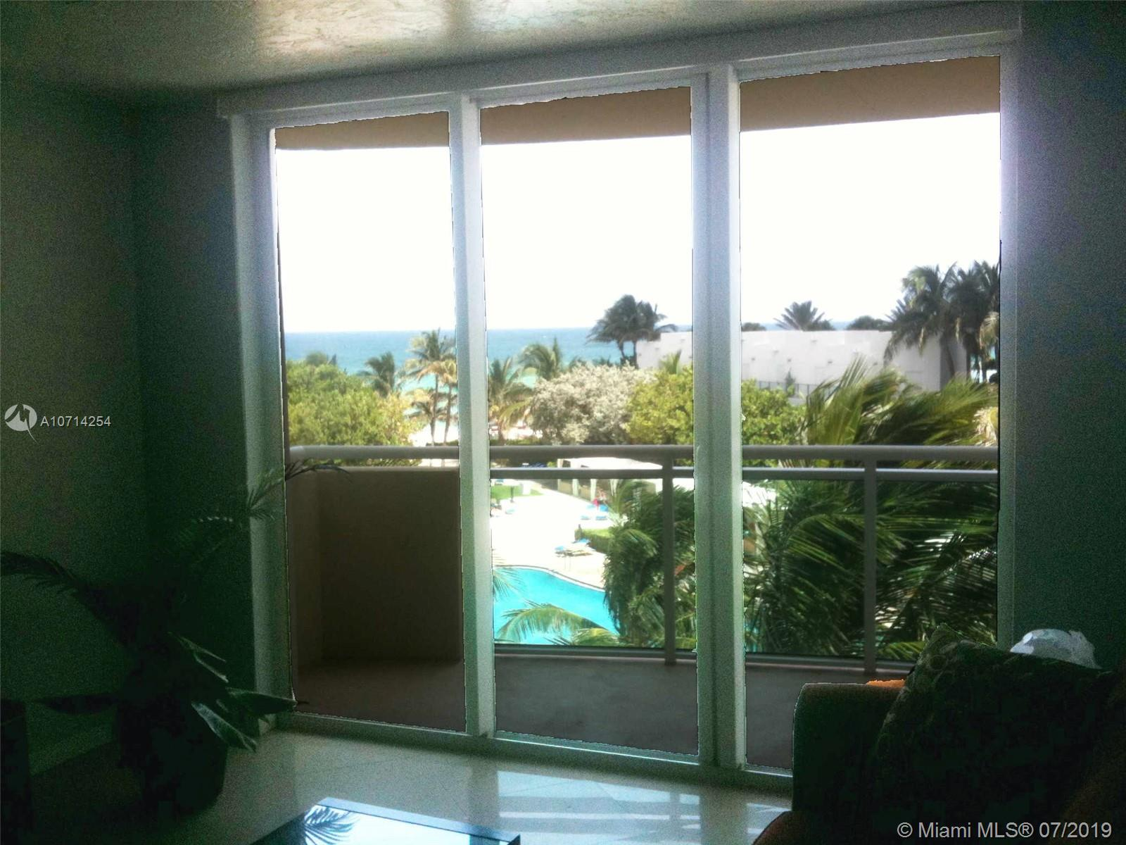 Photo of 3001 Ocean Dr #423, Hollywood, Florida, 33019 -
