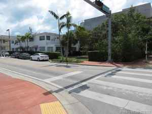 3 200 000$ - Miami-Dade County,Miami Beach; 7500 sq. ft.