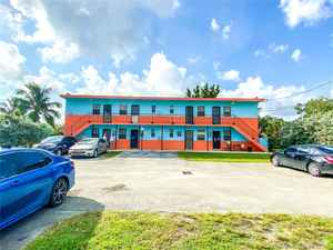 925 000$ - Miami-Dade County,Miami; 3451 sq. ft.