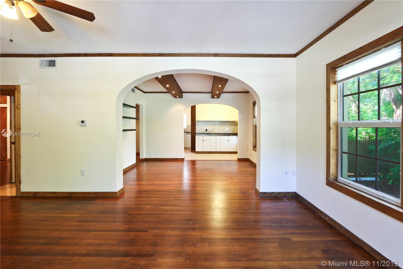 /  5000 sq. ft. $ 2019-11-08 0 Photo