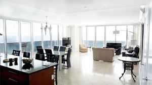 1 499 999$ - 2202; beds: 2 / baths:3; 2065 sq. ft.