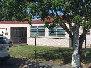 568 000$ - Miami-Dade County,Hialeah; 2812 sq. ft.