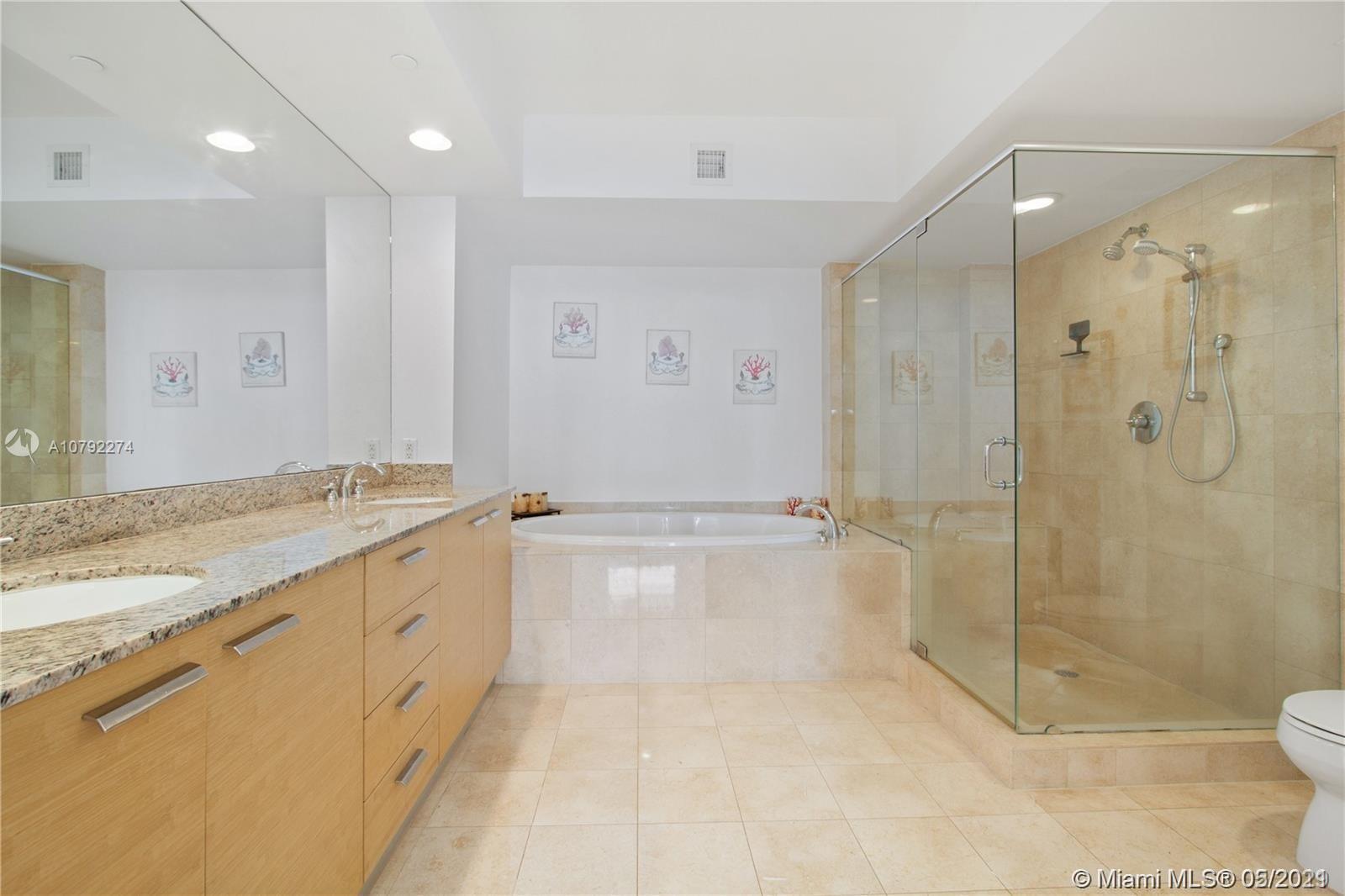 4503 3 / 3 1733 sq. ft. $ 2020-05-21 0 foto