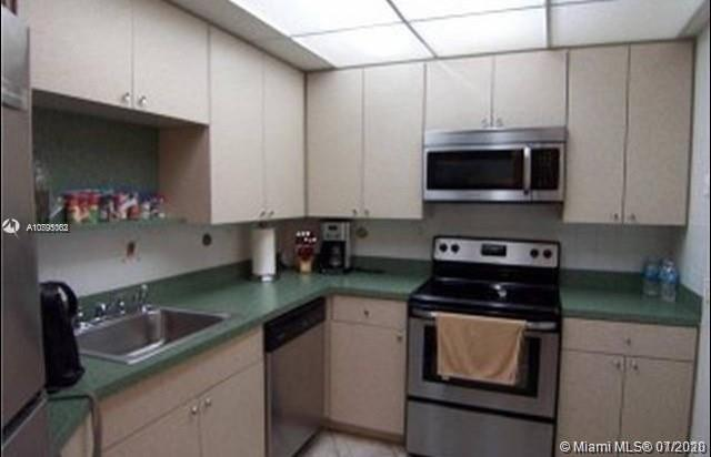 Photo of 3725 Ocean Dr #1515, Hollywood, Florida, 33019 -