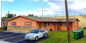 345 000$ - Broward County,Lauderhill; 2435 sq. ft.