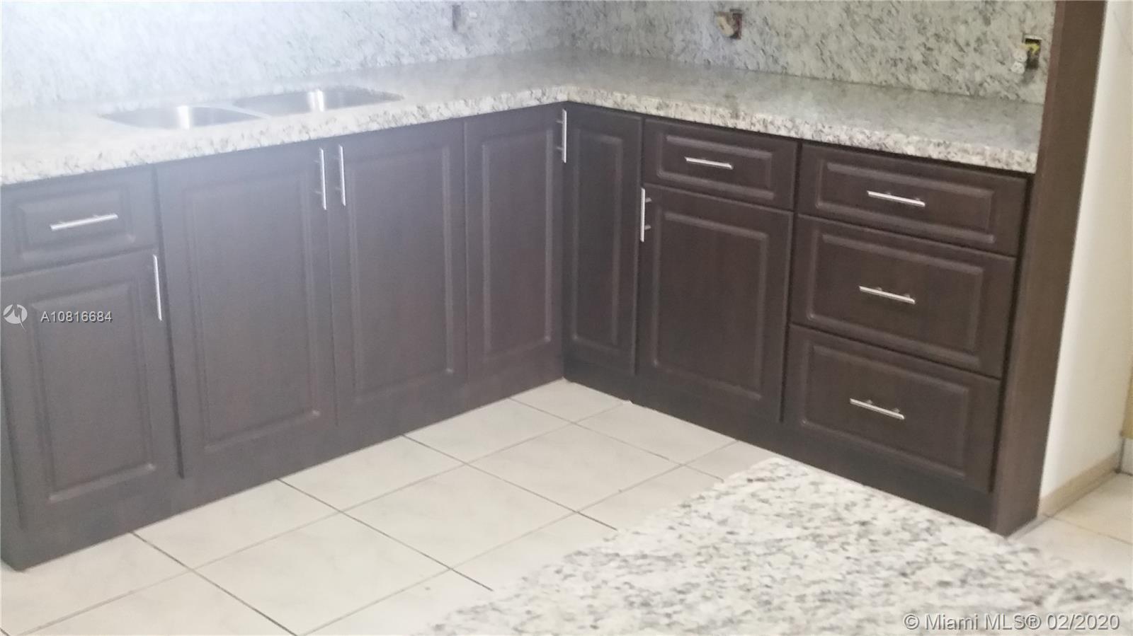 /  1627 sq. ft. $ 2021-03-12 0 Photo