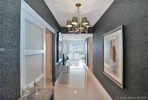 1 140 000$ - 1604; beds: 3 / baths:4; 2078 sq. ft.