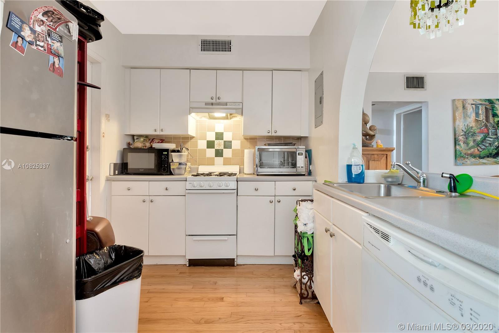 /  3873 sq. ft. $ 2021-02-16 0 Photo