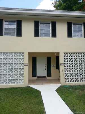 1 000 000$ - Miami-Dade County,Coral Gables; 3886 sq. ft.