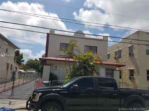 699 000$ - Miami-Dade County,Miami; 1856 sq. ft.