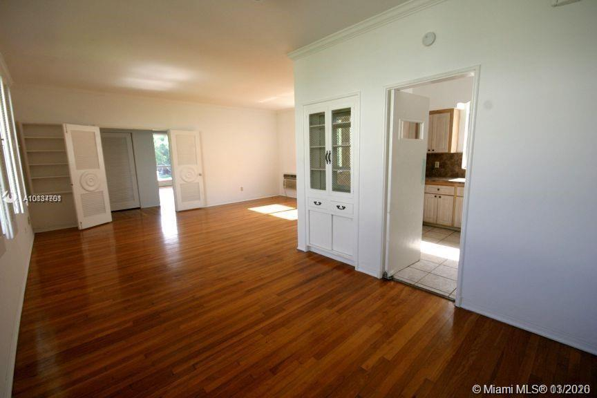 /  5366 sq. ft. $ 2021-04-08 0 Photo