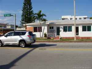 1 353 000$ - Miami-Dade County,Miami Beach; 3400 sq. ft.