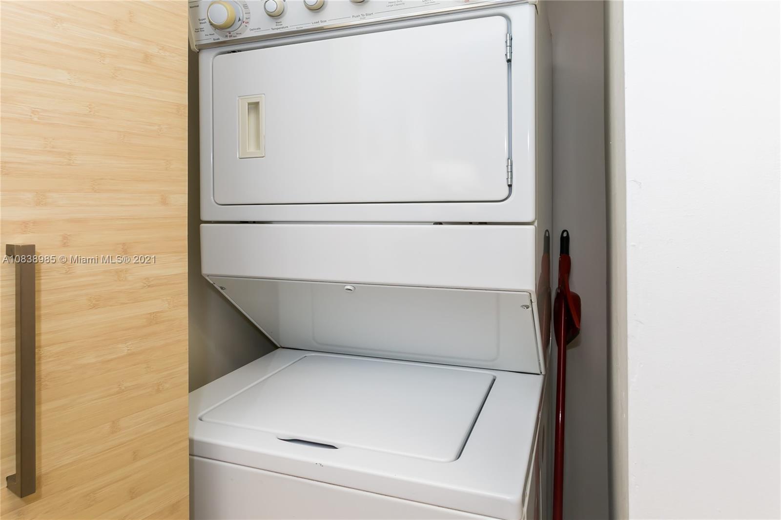 4010 2 / 2 1337 sq. ft. $ 2020-09-25 0 Photo
