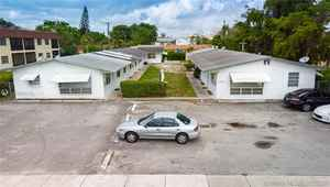1 250 000$ - Broward County,Hollywood; 6183 sq. ft.
