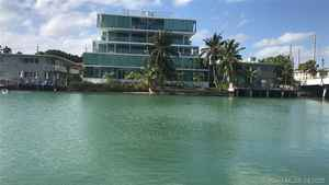 1 200 000$ - Miami-Dade County,Miami Beach; 7500 sq. ft.