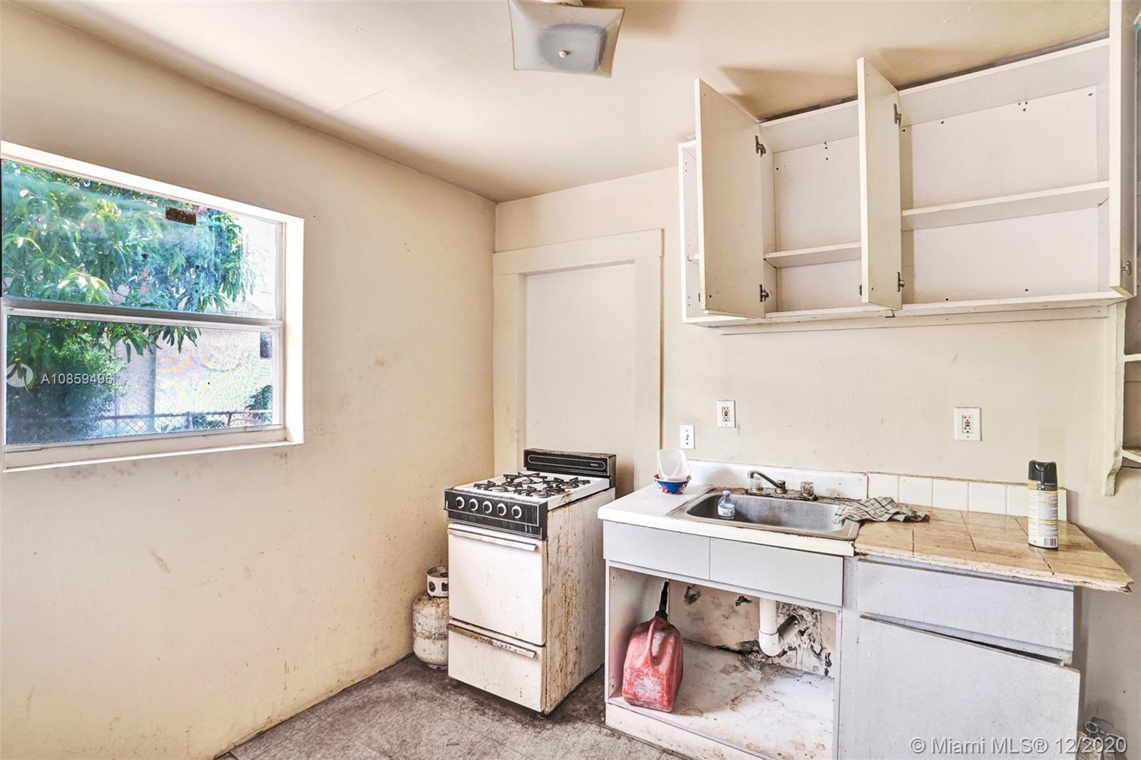 /  1324 sq. ft. $ 2021-03-02 0 Photo