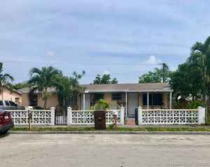 393 000$ - Miami-Dade County,Hialeah; 1903 sq. ft.