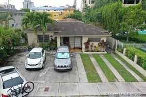 875 000$ - Miami-Dade County,Miami; 1980 sq. ft.