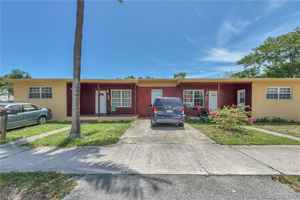 500 000$ - Broward County,Hollywood; 1966 sq. ft.