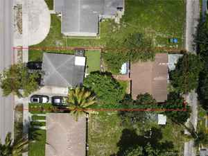 425 000$ - Broward County,Hollywood; 1896 sq. ft.
