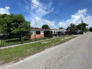 415 000$ - Miami-Dade County,Miami; 1318 sq. ft.