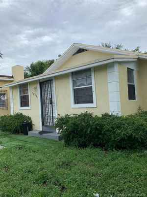 435 000$ - Miami-Dade County,Miami; 1098 sq. ft.