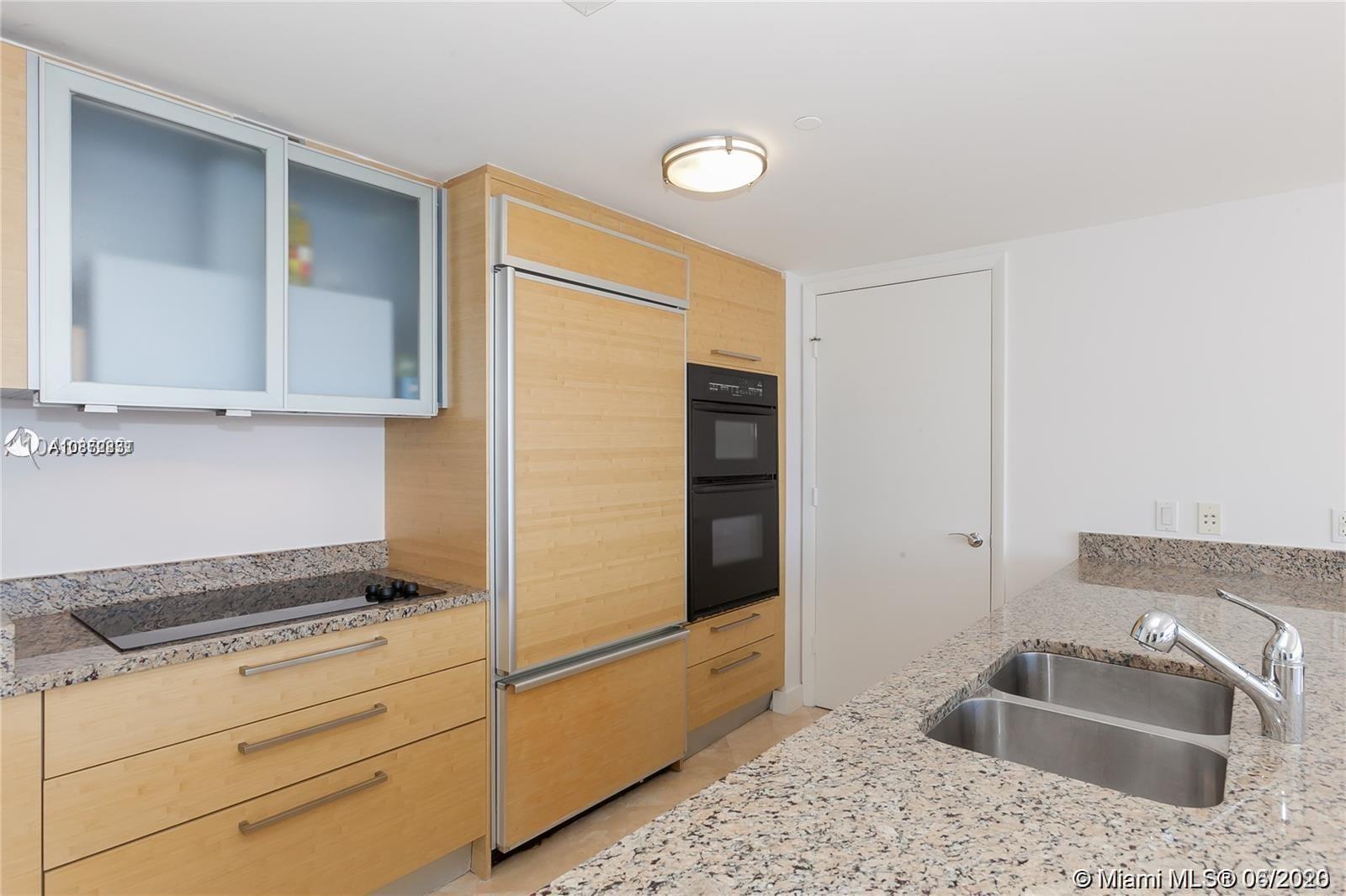 2407 1 / 1 871 sq. ft. $ 2020-06-09 0 Photo