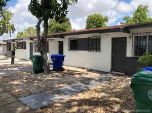 650 000$ - Miami-Dade County,Miami; 2408 sq. ft.