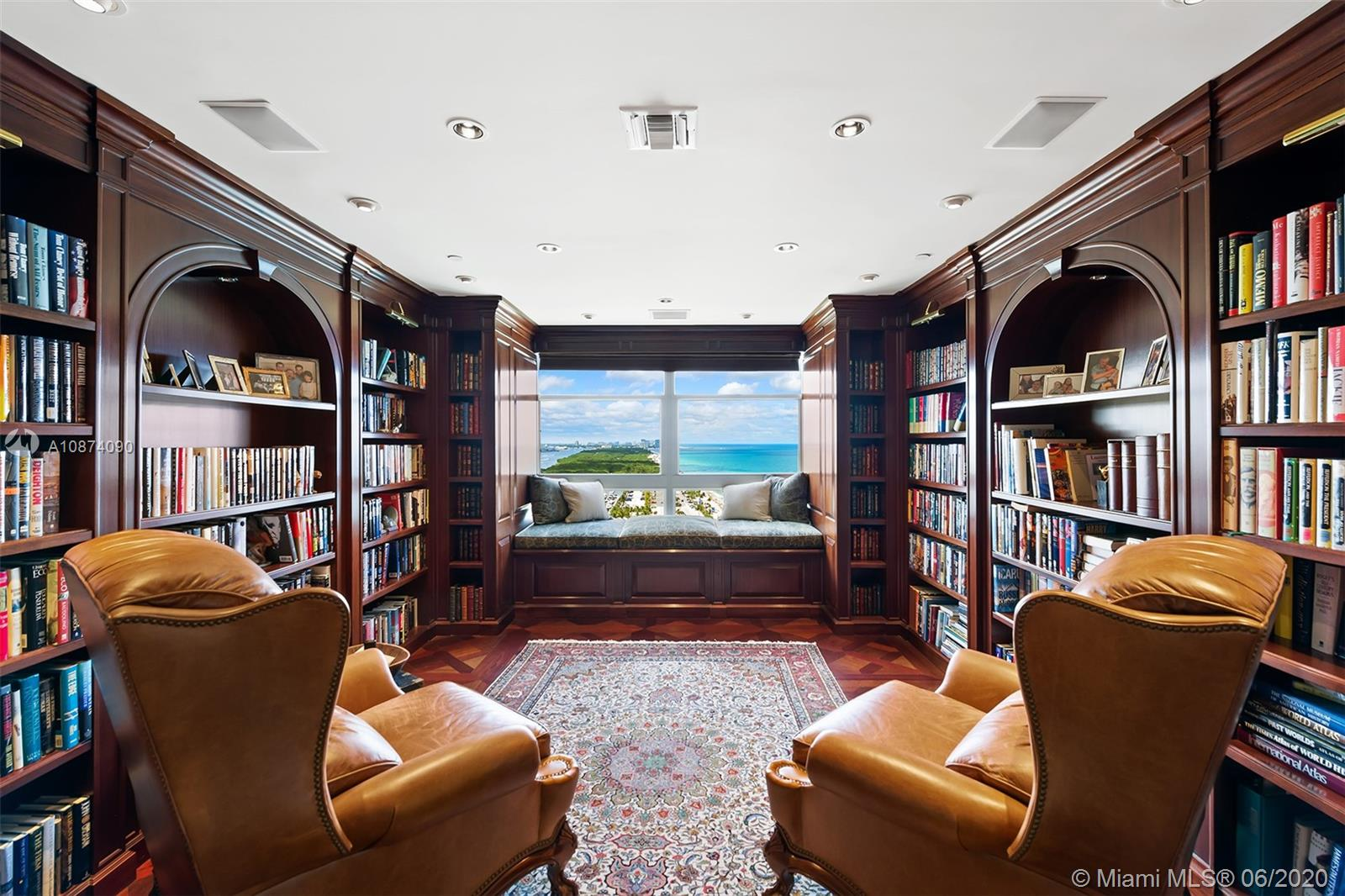 Photo of 6051 Ocean Dr #PH5, Hollywood, Florida, 33019 - Library upstairs with window reading nook